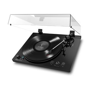 Akai BT100 Belt-Drive Turntable Product Image