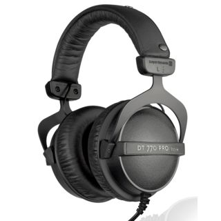 beyerdynamic DT 770 PRO 32 Ohm Closed Studio Headphones Product Image