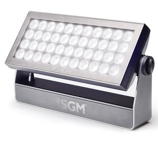 SGM P5 W Wash Light White 15° Optic:15°, 44xW 10W LEDs 6000K Product Image
