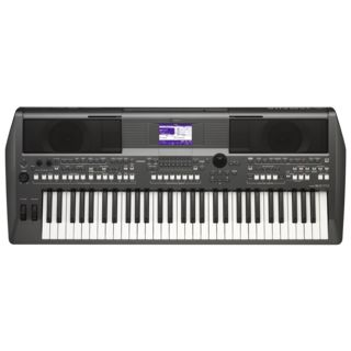 Yamaha PSR-S670 Entertainer Keyboard Productafbeelding