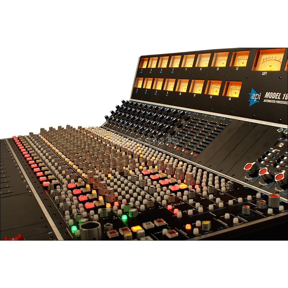 API 1608 Recording Desk 16 Mic Ins and EQs Produktbild