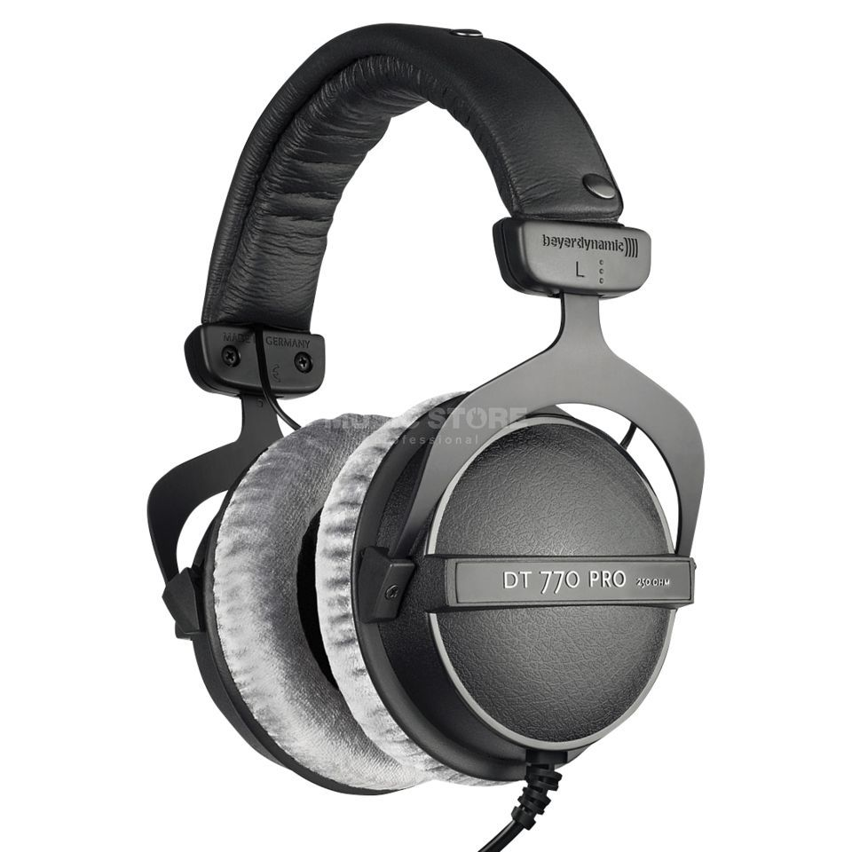 beyerdynamic dt 770 pro 250 ohm closed studio headphones. Black Bedroom Furniture Sets. Home Design Ideas