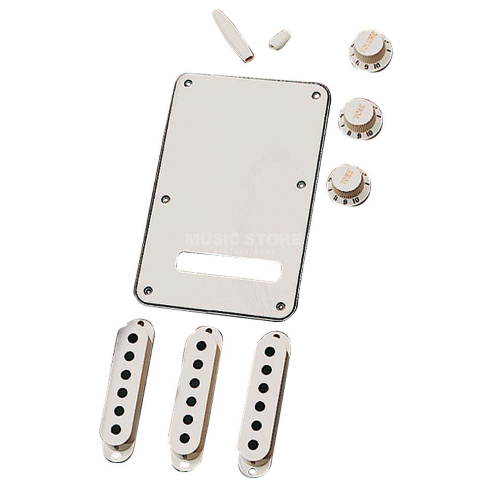 Fender Stratocaster Accessory Kit    Product Image