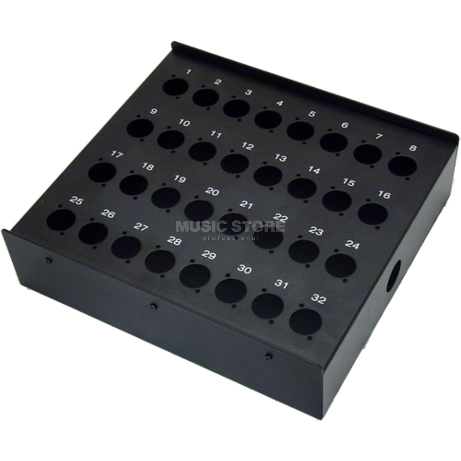 MUSIC STORE Stagebox - 32 / 32-Holes for Floor/Wall, D-Series   Produktbillede
